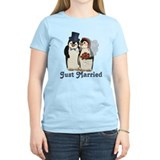 Penguin Wedding - Just Married T-Shirt