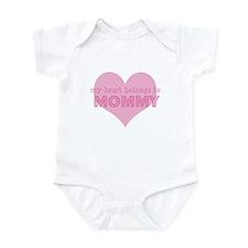 Heart belongs to mommy Infant Bodysuit