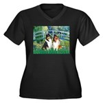 Bridge / Two Collies Women's Plus Size V-Neck Dark