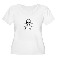 Knitter - Crafty Pirate Skull Women's Plus Size Sc