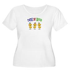 Chicks Dig Skyler T-Shirt