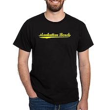 Vintage Manhattan .. (Gold) T-Shirt