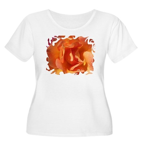 Rose Close Up Women's Plus Size Scoop Neck T-Shirt