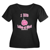 I HIT LIKE A GIRL Women's Plus Size Scoop Neck Dar