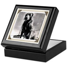 Old Hound Dog Keepsake Box