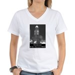 L.A. Christmas Women's V-Neck T-Shirt