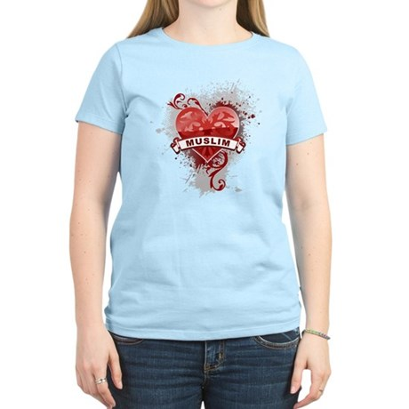 Heart Muslim Women's Light T-Shirt