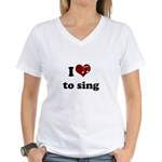 i heart to sing Women's V-Neck T-Shirt