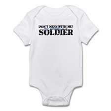 Cute My daddy is a soldier Infant Bodysuit