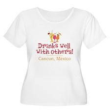 Drinks Well_Cancun - T-Shirt