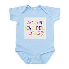 SOY UN NINO DEL DIOS Infant Bodysuit