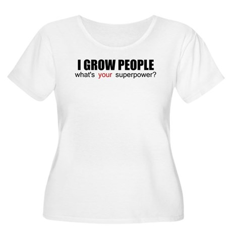 I grow people Women's Plus Size Scoop Neck T-Shirt