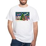 XmasMagic/2 Weimaraners White T-Shirt