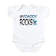my daddy rocks! (blue) Infant Bodysuit