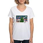 XmasMagic/Shih Tzu (P) Women's V-Neck T-Shirt