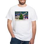 XmasMagic/Schnauzer (W) White T-Shirt