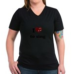 i heart to sing Women's V-Neck Dark T-Shirt