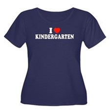 I Heart/Love Kindergarten Women's Plus Size Scoop