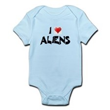I LOVE ALIENS Infant Creeper