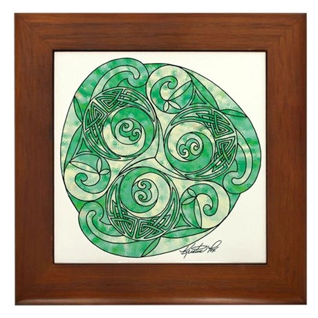 Celtic Green TriSpiral Framed Tile