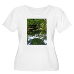 Mary Ewbank Women's Plus Size Scoop Neck T-Shirt