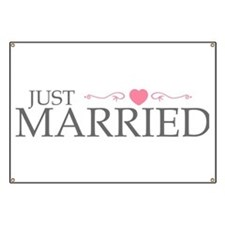 Just Married (Heart Scroll Pink) Banner