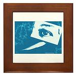 Chain Eye Framed Tile