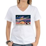 Xmas Star & 2 Bassets Women's V-Neck T-Shirt