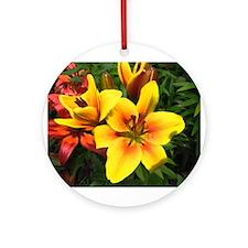 Unique Floral and botanical Ornament (Round)