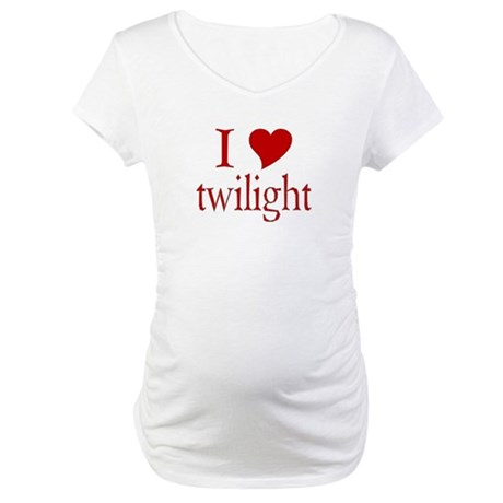 I love (heart) twilight Maternity T-Shirt