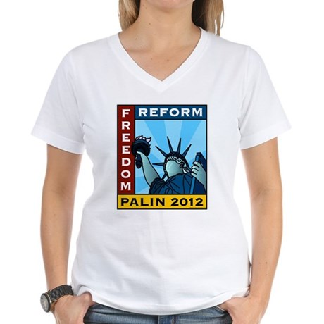 Palin 2012 Liberty Women's V-Neck T-Shirt