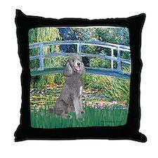 Bridge/Std Poodle silver) Throw Pillow