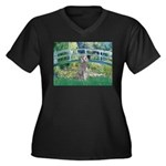 Bridge/Std Poodle silver) Women's Plus Size V-Neck