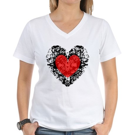 Pretty Grunge Heart Women's V-Neck T-Shirt