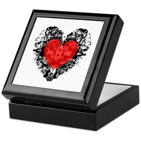 Pretty Grunge Heart Keepsake Box