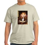 Queen / Beagle (#1) Light T-Shirt
