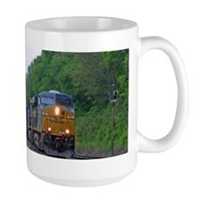 66K CSX 701, CSX 227 MP32 NS Harrisburg Eas Mugs
