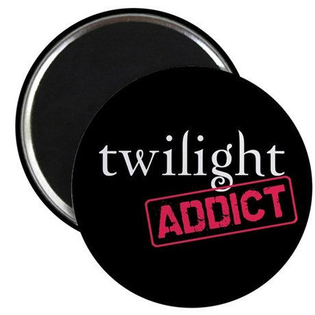 "Twilight Addict 2.25"" Magnet (100 pack)"