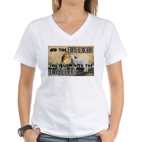 Twilight Movie Lion Lamb Women's V-Neck T-Shirt