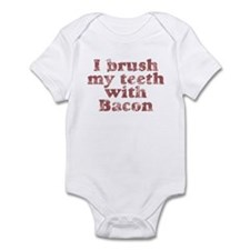 I BRUSH MY TEETH WITH BACON Infant Bodysuit