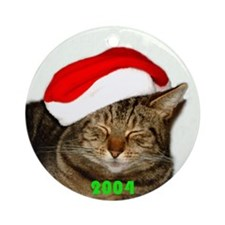 Christmas Kitty 2004 Ornament (Round)