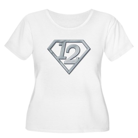12 Superman Women's Plus Size Scoop Neck T-Shirt
