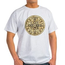 St Benedict Medal: Latin + Translation T-Shirt