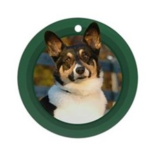 Pembroke Welsh Corgi Green Round Ornament