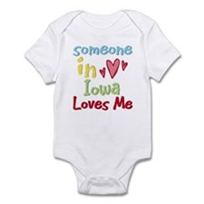 Someone in Iowa Loves Me Infant Bodysuit