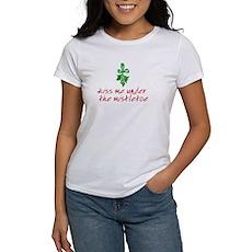 Kiss me under the mistletoe Womens T-Shirt