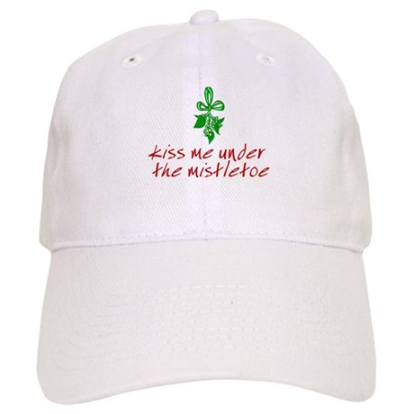 Kiss me under the mistletoe Cap