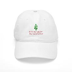 Kiss me under the mistletoe Cap