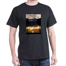 Romance at Venice Beach, Cali T-Shirt