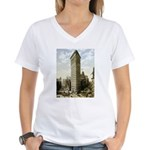 Flatiron Building New York Women's V-Neck T-Shirt